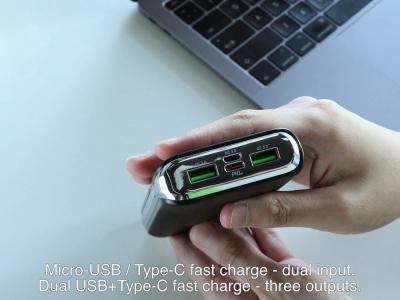 Универсална Външна Батерия HOCO J69A Speed Flash 2x USB + USB Type C Power Delivery 3.0 15000mAh, Черен